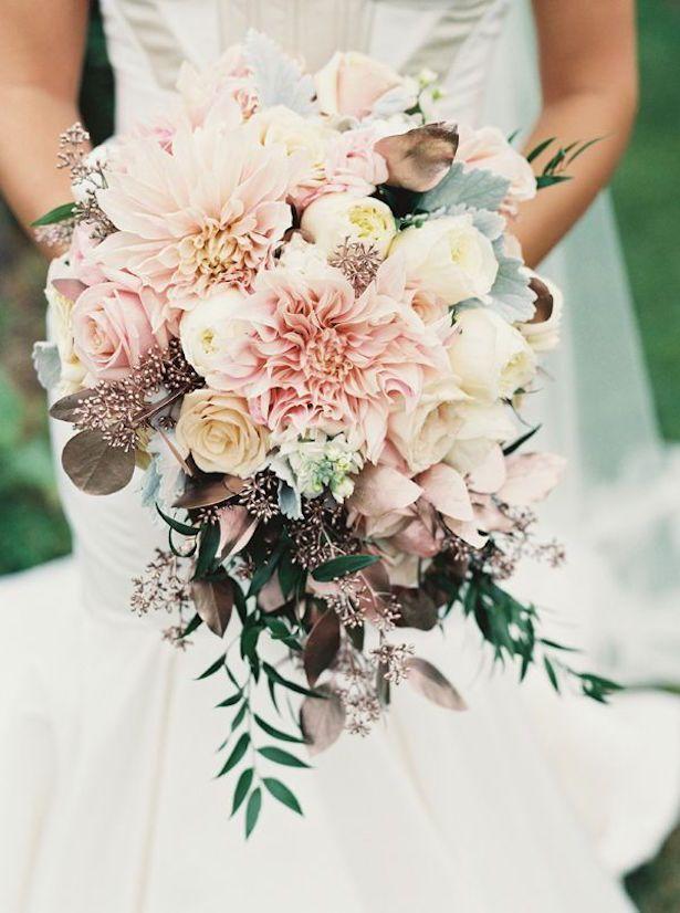 55e997c0ae5f31cc7a6ba9654700ca86--fall-wedding-bouquets-spring-bouquet