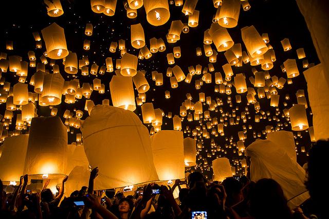 Festival-Yi-Peng-en-Tailandia2